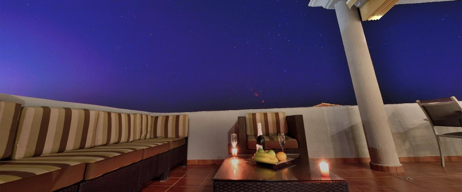 cabopino rental apartment terrace relax under the stars