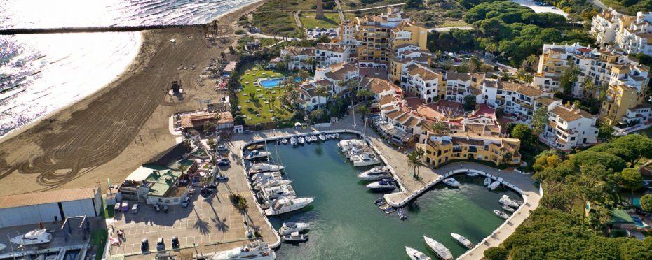 Aerial photo of Cabopino Marina
